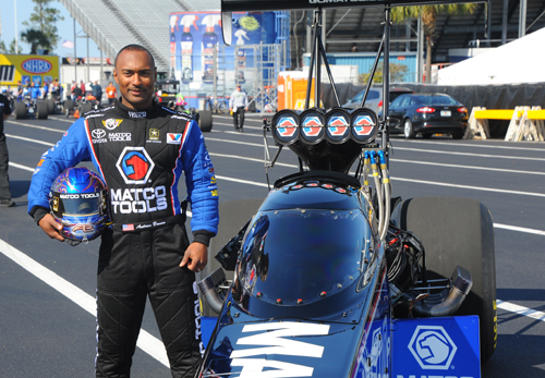 Mello Yellow was doing an ad featuring NHRA champ Antron Brown and I happened to stop by for a quick photo op
