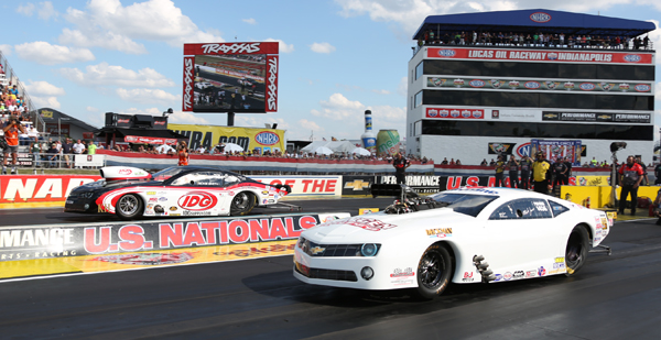 NY racer Mike Janis jumped from 6th place in the Pro Mod standing to #3 with a win at the US Nationals. Janis defeated points leaded Rickie Smith in the finals, 5.