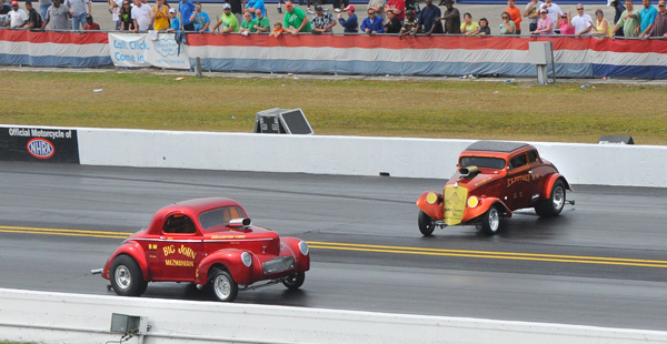 Blown gassers were part of the show at the Gators. Not always going straight