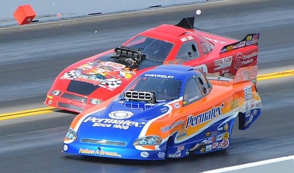 Second round of TA/FC at the NHRA event Maple Grove had Todd Venry and Andy Bohl getting a little too close for comfort