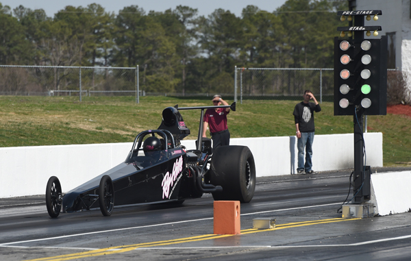 Brooke makes her second pass of the day during Friday's qualifying at VMP