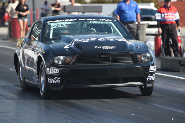 Roy had his SS/BBA Mustang Cobra Jet in the #23 with an 8.626 after the first session of Super Stock