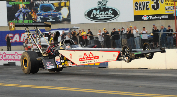 Former D1 Champ Karen Stalba needed to put down a quick pass in her final shot to make the field but the NJ based A/FD ended up pulling the front wheels up at the hit and had to shut the dragster off killing her chances of making the show.