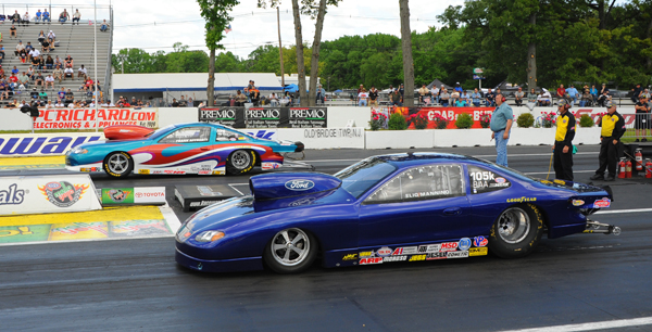 Low qualifier in Comp was NJ racer Elio Mannino in his '06 Ford ZX2 witha 8.85