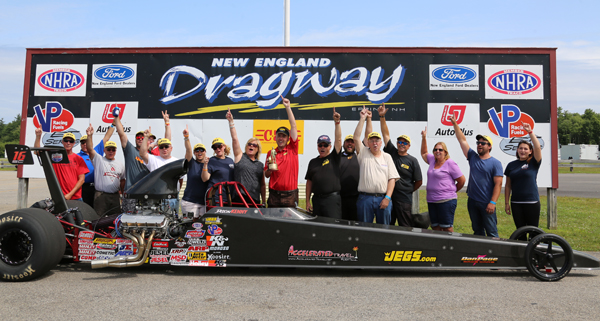 Jason Kenny drove the family dragster to a win in Super Comp