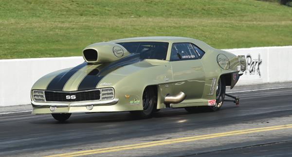 Glasser's super nice Camaro