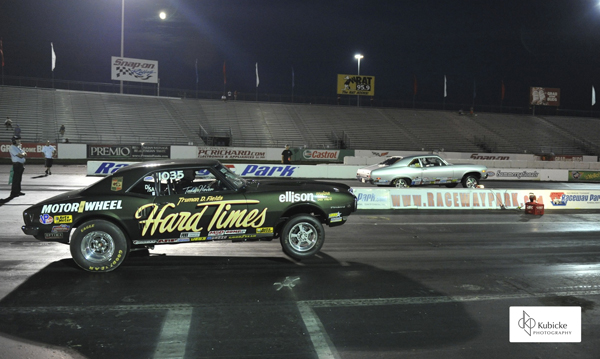 The Stock final had Hoven's Pontiac (near lane) defeating Don Pires's Nova