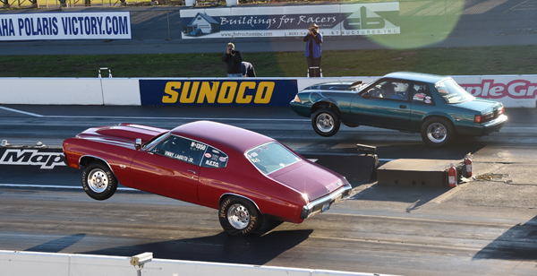 The finals of the 10.0 class had a wild wheels up run by both racers with the Mustang of Brian Correll beating the never ending wheelstanding Chevelle of Vinny Laurita