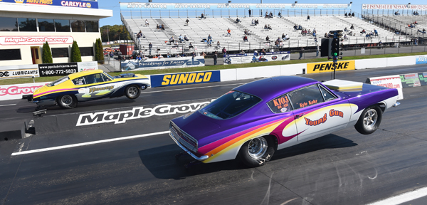 Kyle Kohr (near lane) was in his first ever Hemi Challenge and got off the line first in round 1 but the Dart of Wendell Howes caught the rookie driver and ran a 8. 435 for the win