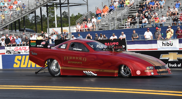 Marie Ferriolo had a new look at Gainesville sporting a Mustang body on her Funny Car