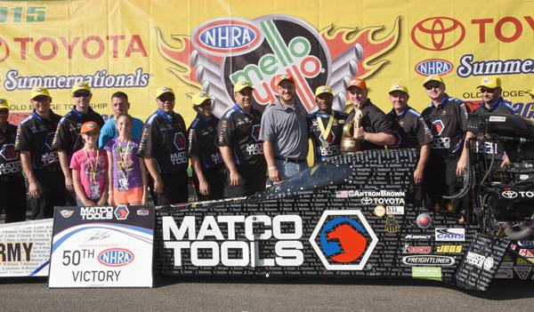 Antron and his crew celebrating his big win at Old Bridge